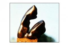 sitting_figure